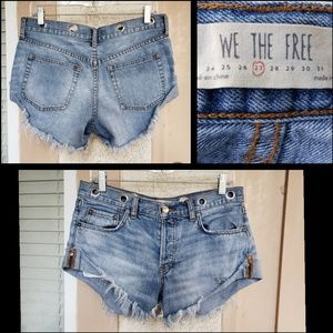 27 women We The Free FREE PEOPLE cut off shorts